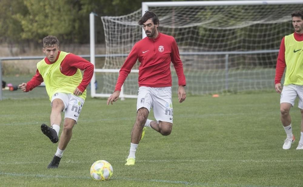 Carlos Martínez durante un entrenamiento junto a Juanma.