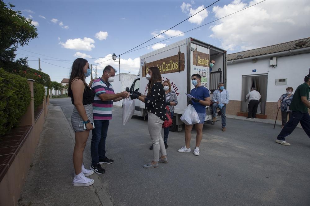 El Ayuntamiento de Langa usa el dinero de las fiestas para compra carne y mascarillas y repartirlo a sus vecinos, coronavirus.