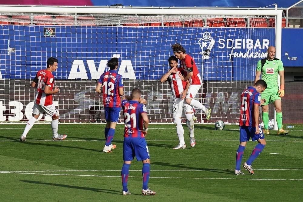 El Athletic se aleja de Europa con un empate ante el Eibar
