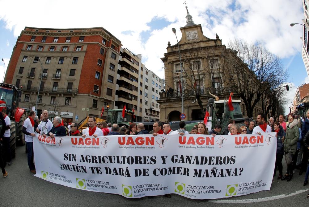 Agricultores y ganaderos de toda Navarra denuncian bajos precios de productos