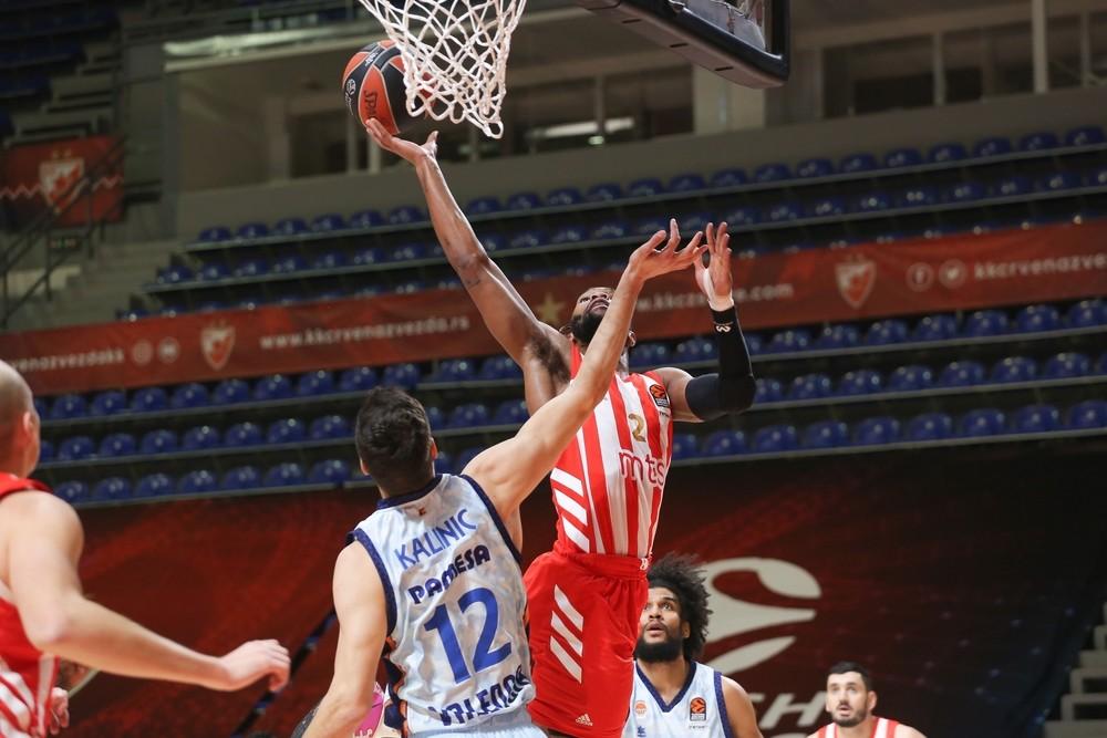 Loyd ajusticia a Valencia Basket