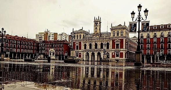 La Plaza Mayor está presente en la exposición.