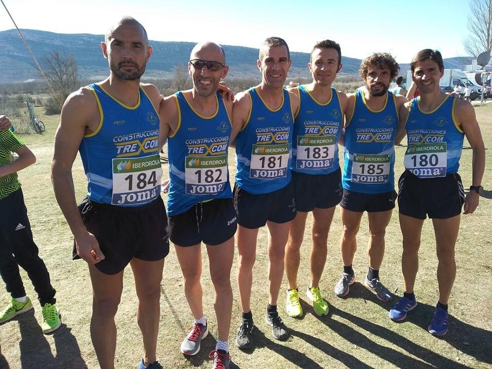 Atletas del equipo sénior masculino del Saturno Daimiel.