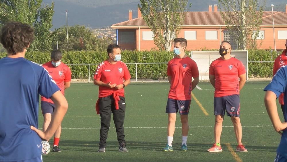 Tito Domingo ya dirige al juvenil de la Segoviana
