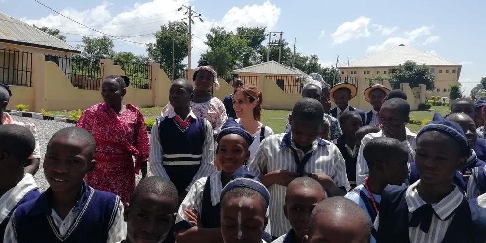 Dos profesoras del Claret visitan Nigeria en un intercambio