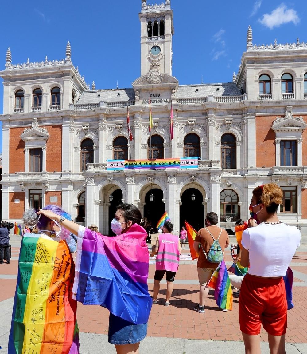 Valladolid celebra el Día del Orgullo LGBTI.