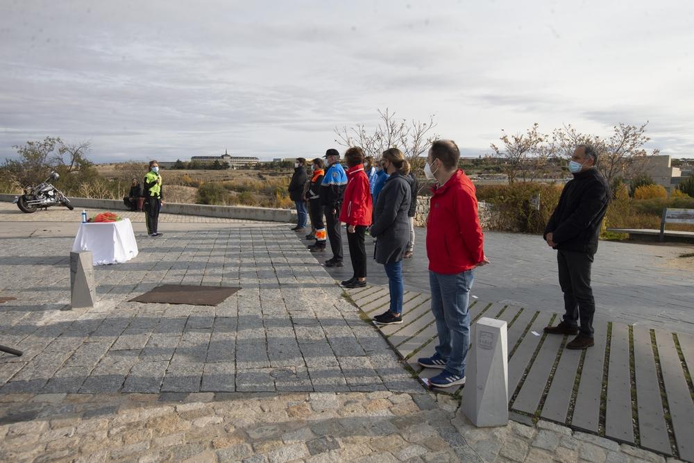 Acto de homenaje a las victimas de la covid19 y reconocimiento de los cuerpos de emergencia en el dÁa que se habria realizado la Media Maraton organizada por Ecosport.