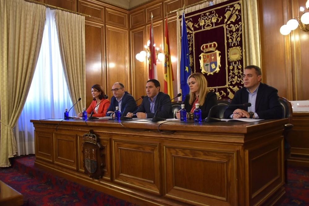 La Diputación de Cuenca y la Junta aúnan fuerzas en Fitur