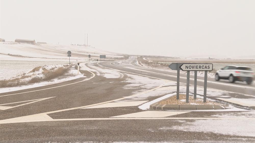Gloria deja una madrugadora nevada en Soria