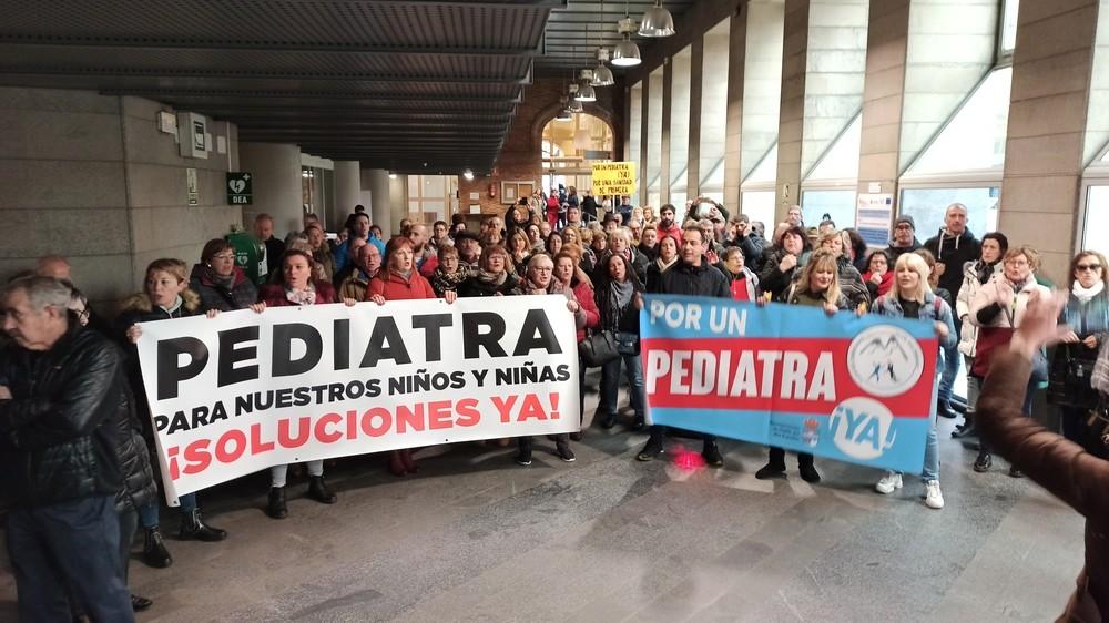 Concentrados en la Junta por un pediatra para Guardo