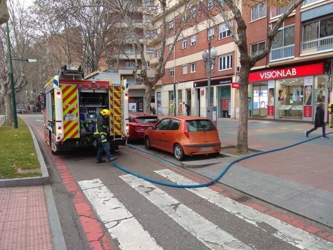 Los bomberos sofocan dos pequeños incendios en Valladolid