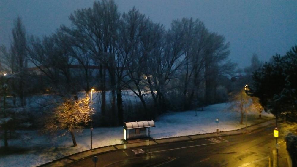 Normalidad en el transporte urbano a pesar de la nieve caída