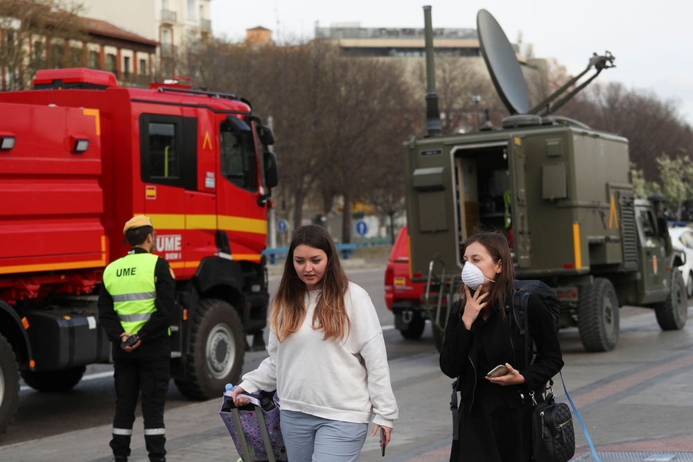 España registra 8.744 contagios y 297 muertos por Covid-19