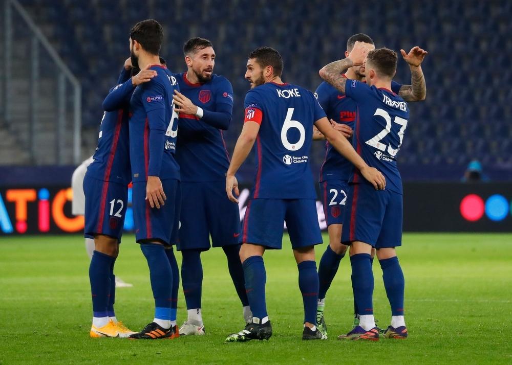 El Atlético sobrevive en la Champions