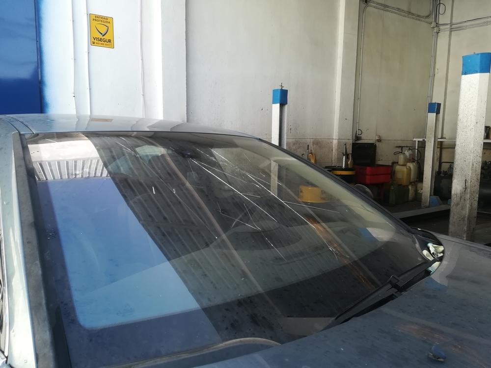 Imagen de uno de los talleres donde llevaron vehículos