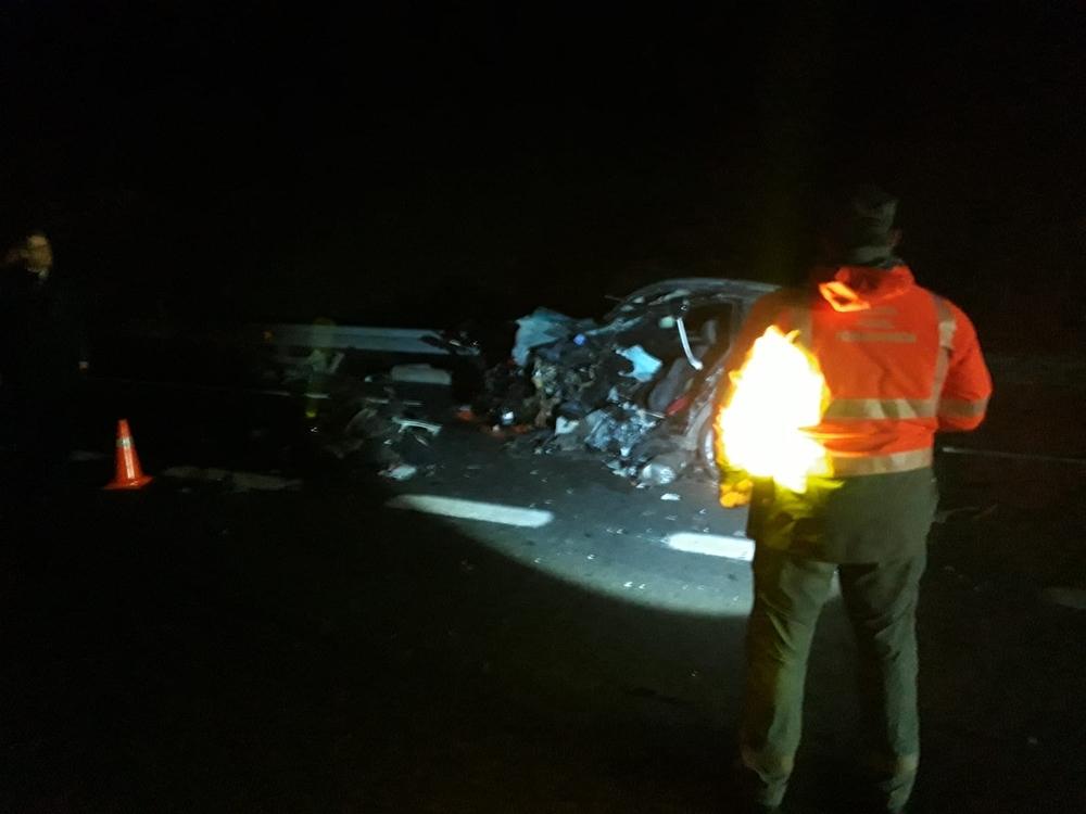 Dos fallecidos y cuatro heridos en un accidente en Olagüe