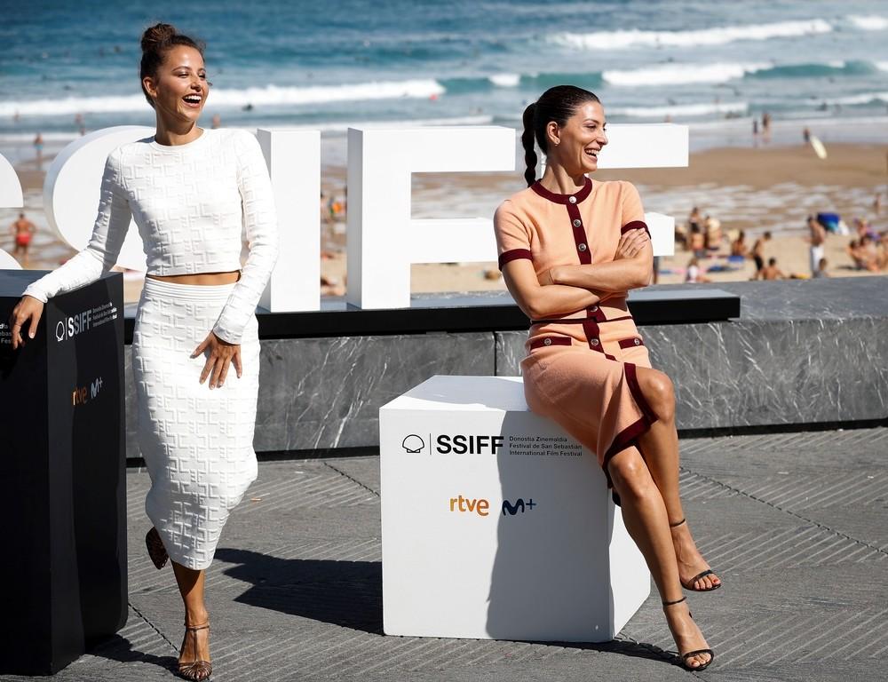 'Hermanas' es la propuesta de Irene Escolar (i) y Bárbara Lennie.