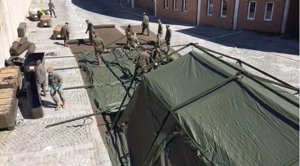 El Ejército monta el hospital de campaña