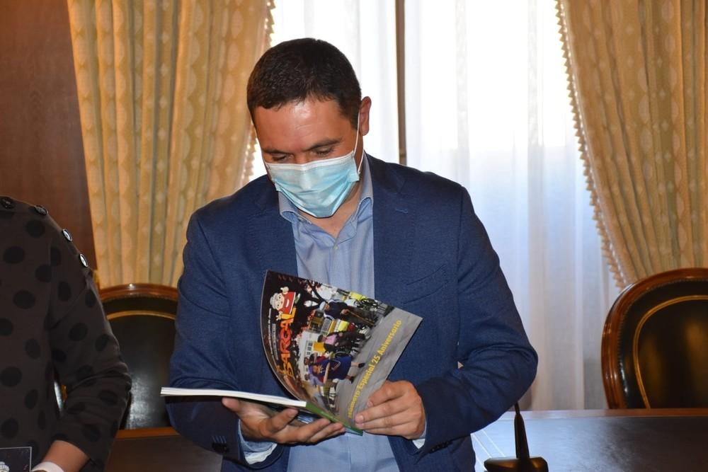 La Residencia Provincial presenta una revista especial