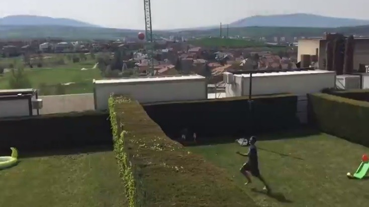 Raúl Navas y Fran Mérida hacen un fútbol tenis muy peculiar