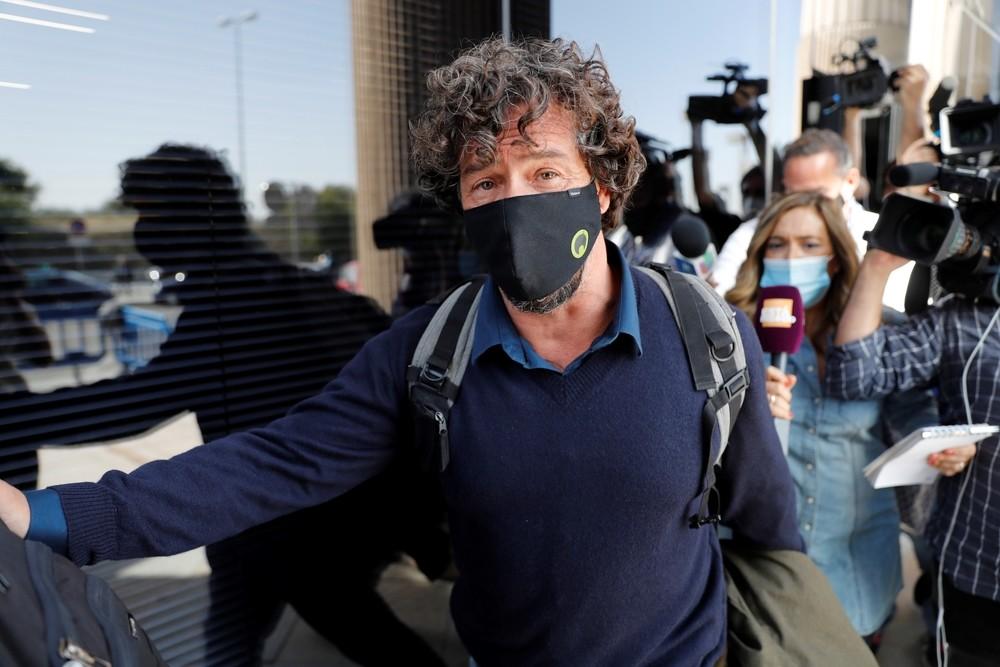 Nacho Palau, expareja del cantante Miguel Bosé, a su salida tras declarar, este lunes