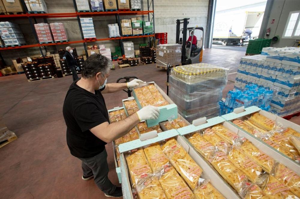 El Banco de Alimento de Ávila atiende a más de 1200 familias cadasemana.