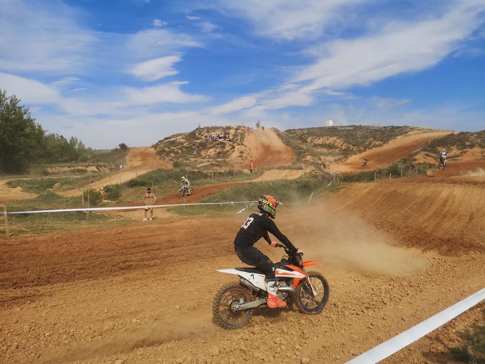 Cabeza de Perro vuelve a rugir con el regional de motocross