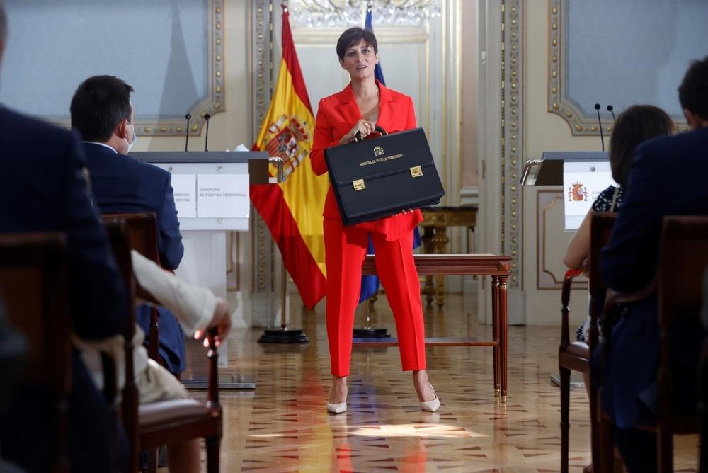Isabel Rodríguez toma posesión como ministra