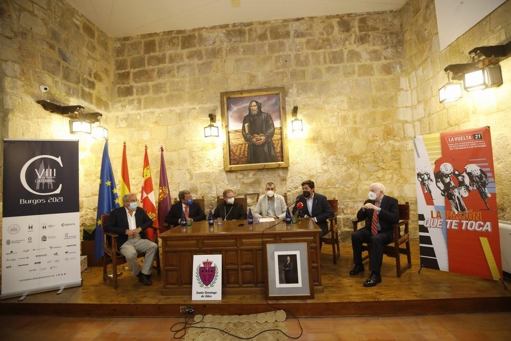 Presentación de la salida de la tercera etapa de La Vuelta 2021 en el Monasterio de Santo Domingo de Silos.