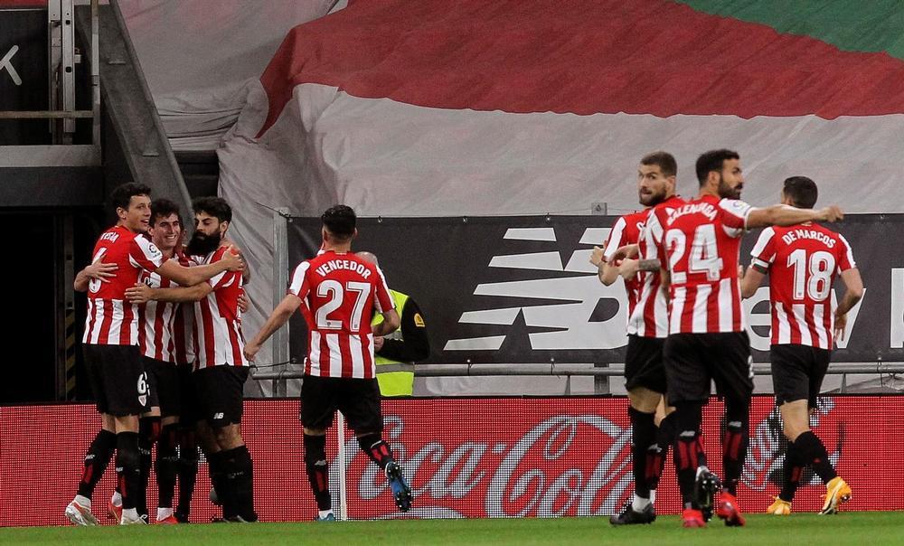 El Osasuna celebra la permanencia