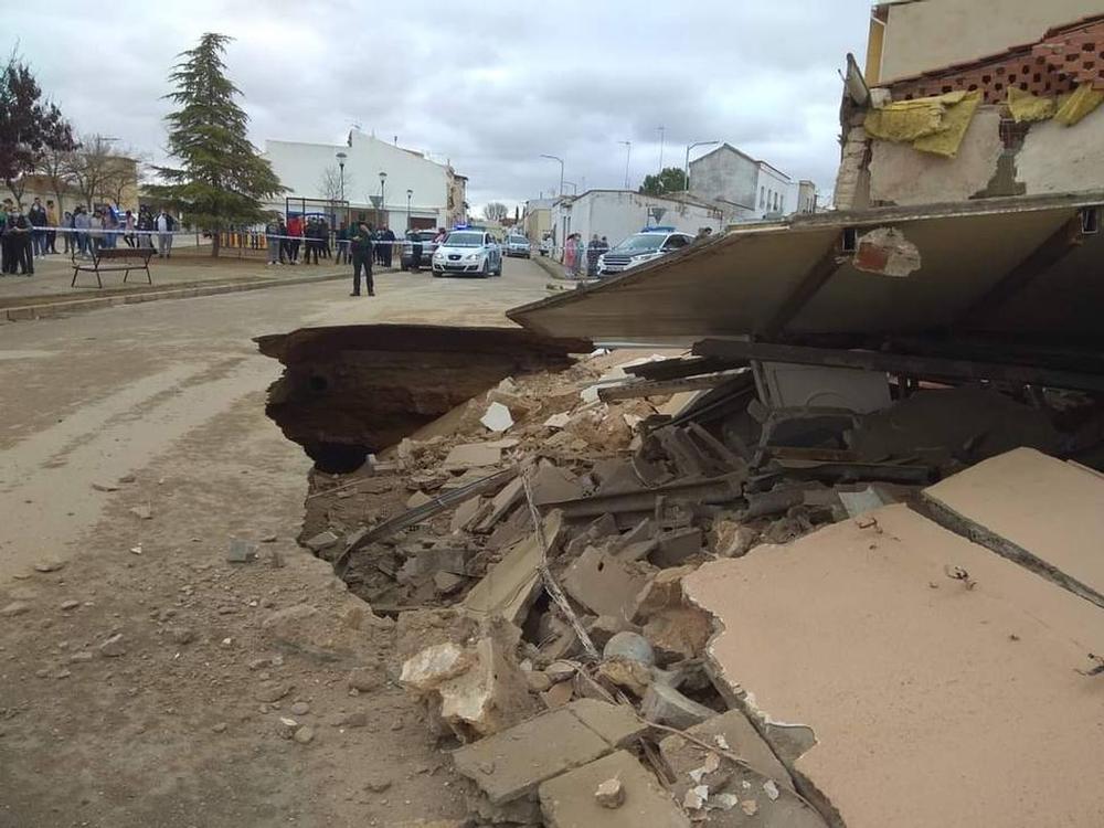 Se derrumban dos viviendas en Tomelloso