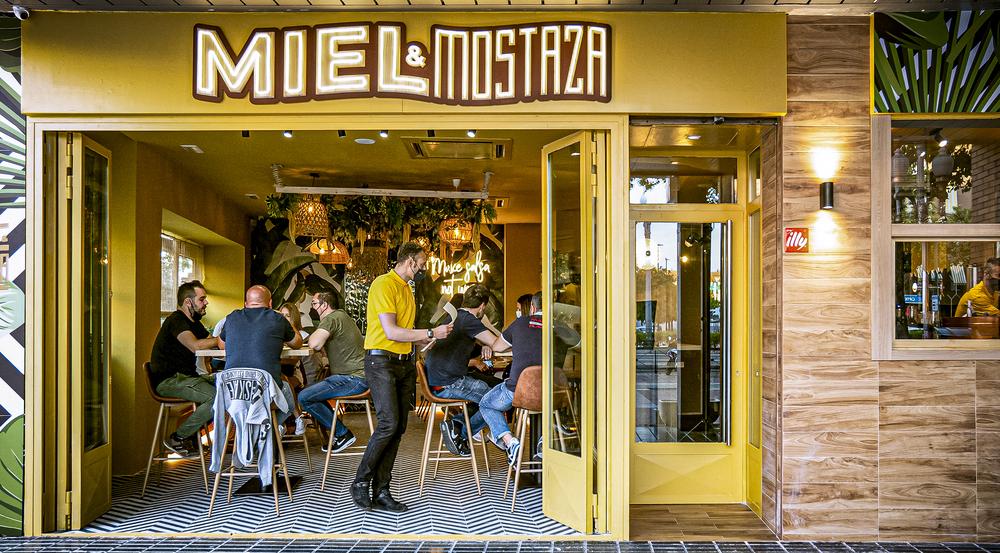 Miel Mostaza abrió hace una semana en el Paseo Zorrilla.