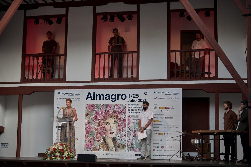 Chivite presenta Navarra en Almagro, templo de los clásicos