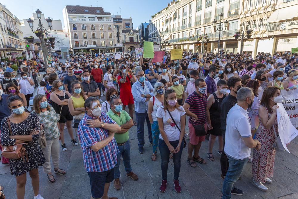 Medio millar de ciudadrealeños claman justicia por Samuel
