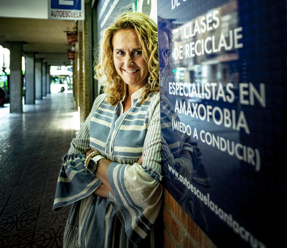 Rosa Villacorta, directora de la autoescuela Santa Cruz.