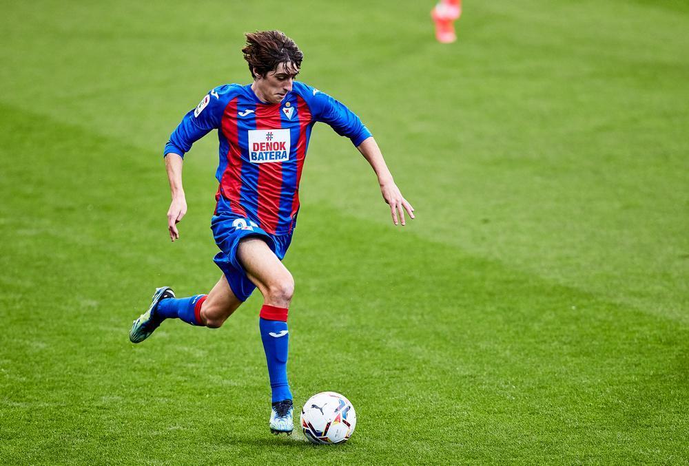 El jugador del Eibar Bryan Gil