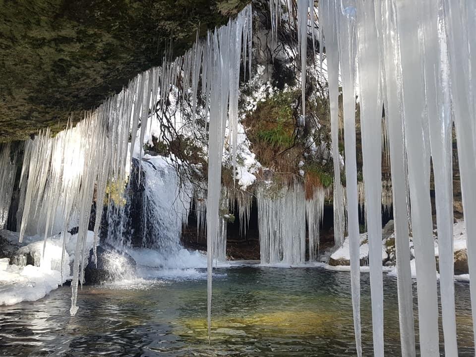 La belleza helada de la Ruta de las Cascadas de Covaleda