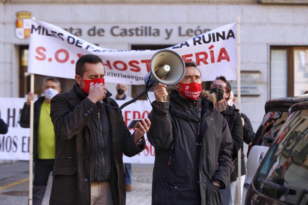 Nueva protesta de los hosteleros segovianos