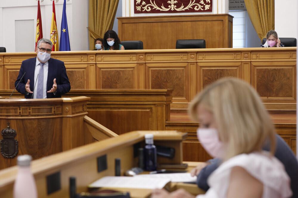 Las Cortes aprueban la 'Ley del Juego' de CLM