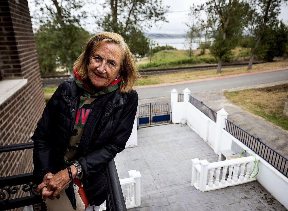 Nacha Rodríguez, nacida en Avilés de padres arijanos: «Soy arijana profunda. Para mí esto es el paraíso».