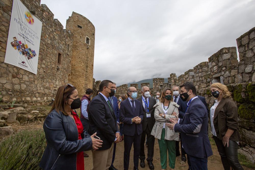 Ribera anuncia en Ávila 20 millones para la gestión del lobo