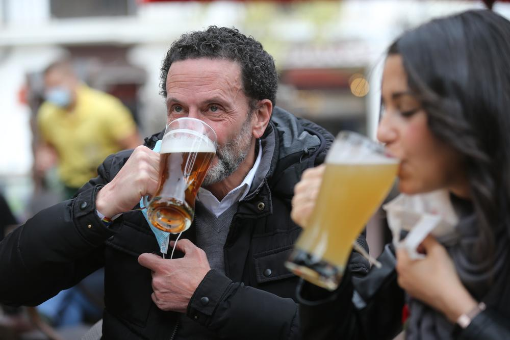 Madrid decide su futuro en unos comicios en clave nacional