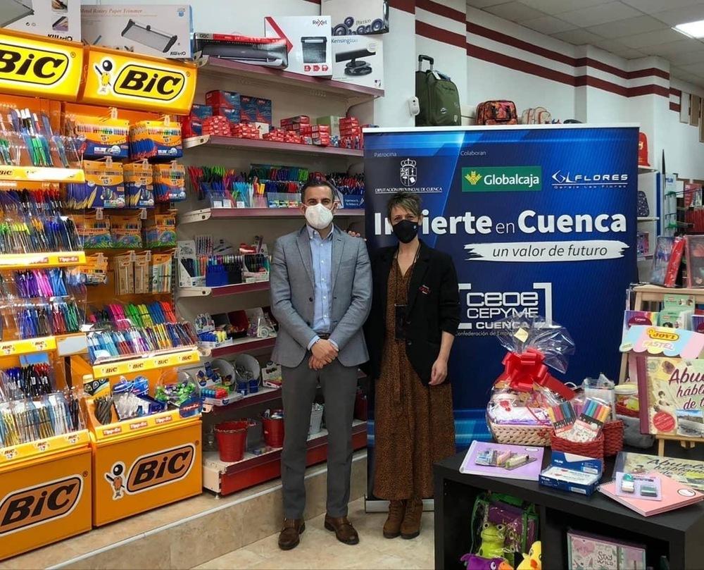 'Invierte en Cuenca' recibe a dos papelerías en Tarancón
