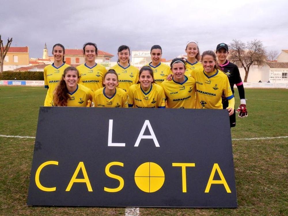 Un once inicial del Quesos La Casota FF La Solana esta temporada.