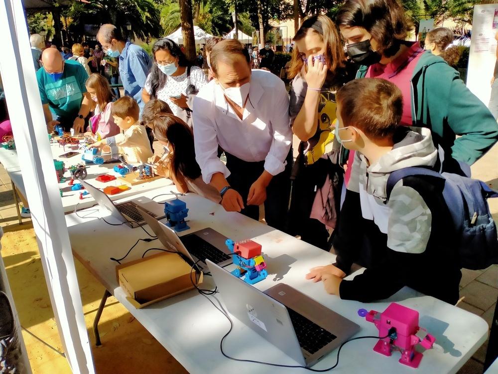 La robótica despierta el interés de los más jóvenes
