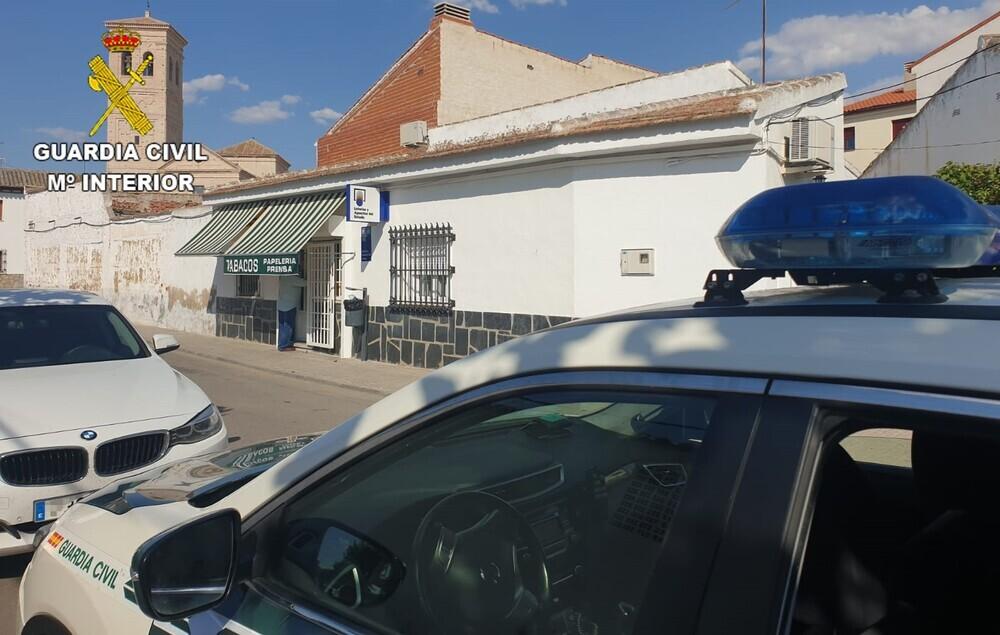 El atracador de Villaseca usó un arma de fuego simulada