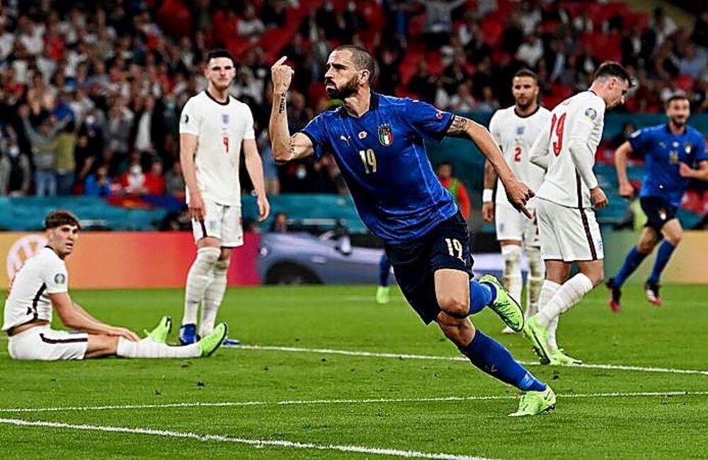 Bonucci, autor del empate de Italia.