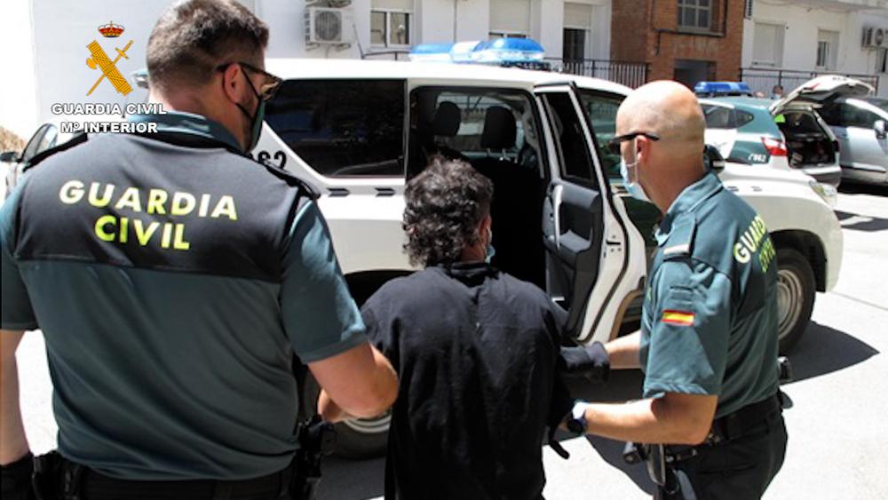 Detenidos dos menores, por robar en 17 establecimientos en pueblos de la provincia