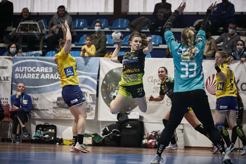 María Sancha pasa la eliminatoria en la EHF