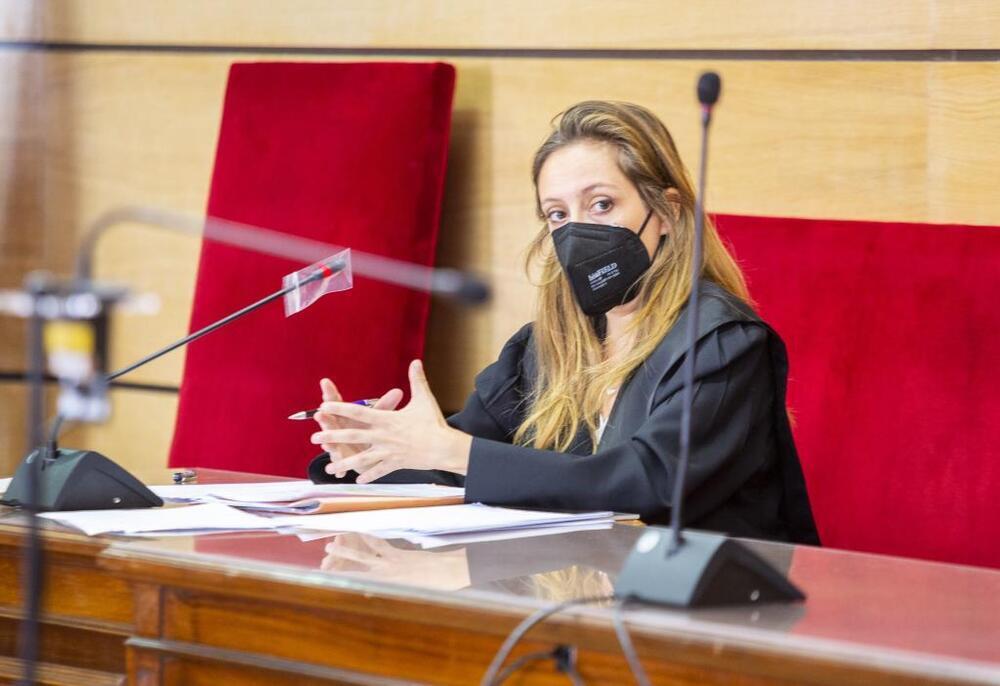 Un momento de la intervención de la fiscal del caso